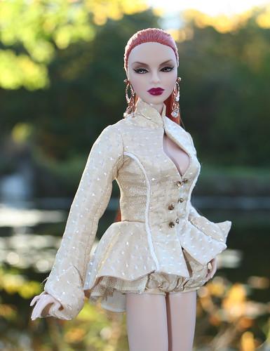 Интересный арт с куклами. 5073898432_697d470ac1