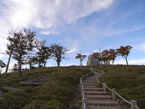 熊野灘を一望!紅葉が始まった『大台ヶ原』@上北山村