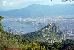 Panoramica di Palermo (supervito) Tags: italia e palermo sicilia montepellegrino castelloutveggio verginemaria pentaxart villabelmonte supervito istitutoroosvelt