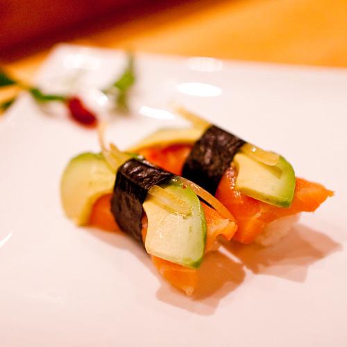 Sushi by eviltomthai
