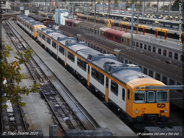 Série 592 (ex-RENFE) 5161041300_82738dce06_z