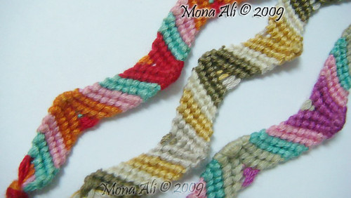 Friendship_Bracelet___Zig_zag_by_Noomy
