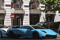 Lamborghini Murcielago LP670-4 SV (Lambo8) Tags: blue horse sport switzerland photo hp nikon power suisse geneva d turquoise 8 s super ferrari bleu 200 arabe lp posterior af nikkor ge 80 genve lamborghini sv ch bleue gtb murcielago 80200mm 670 80200 arabs 80mm 200mm veloce 6704 599 fiorano afd althani longitudinal arabes d80 worldcars 670hp 670bhp lp6704 670ch lundi9aout2010 arabb