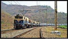 Triplet WCG 2 duties on Banking Hydrabad Express (bhavin2584) Tags: gradient ghats indianrailways irfca wdm3a wdm2 palasdhari bhorghat wdg3a wdp4 wcg2 kanhe mumbaipuneroute bhartiyarail