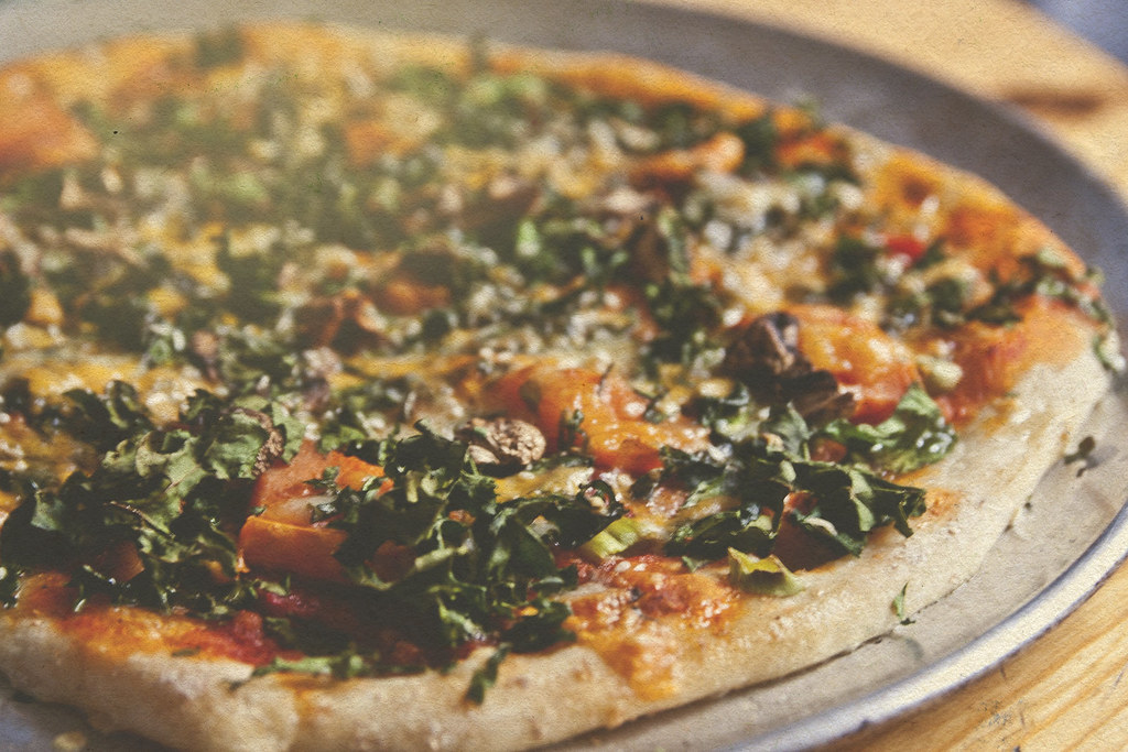 whole wheat thin crust kale and sweet potato pizza