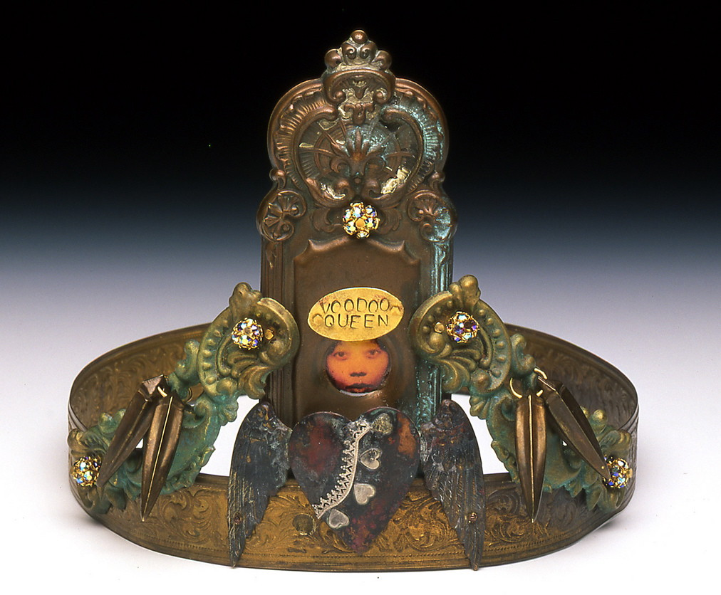 Laveau Crown front