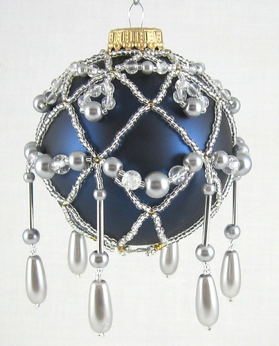Beaded Ornament Silver-Grey-Clear_08