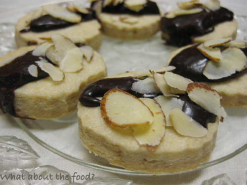 Shortbread with Chocolate & Almonds