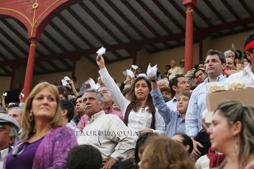 Público pide oreja en Acho