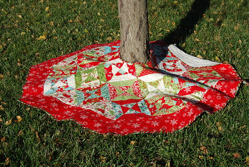 12 Days tree skirt