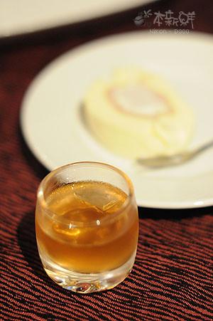 餐廳自家釀的梅子酒