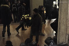 Fiori fiori fiori! (quicksilv3r) Tags: italia novembre università trento duomo slogan ateneo proteste trentino manifesto 2010 lettere studenti manifestazione viaverdi sociologia corteo bassi urla auletta ddl agitazione gelmini quicksilv3r m3rcur1u5 atenei dellai universta trentoanomala