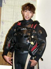 #5002 Kki modeling BCD (Nemo's great uncle) Tags: people geotagged izu xmasparty atami   lydian  eastizu shizuokaprefecture   geo:lat=350949571 geo:lon=13907136590000005