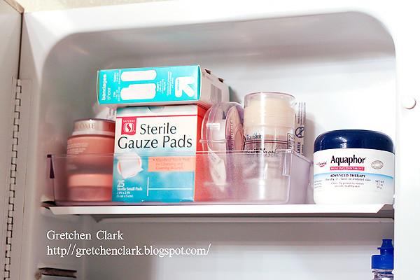 organization medicine cabinet_0010