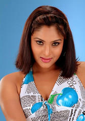 Indian Actress Ramya Hot Sexy Images Set-2 (9)