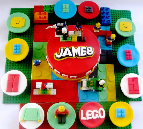 Lego Themed Cake & Cupcake set