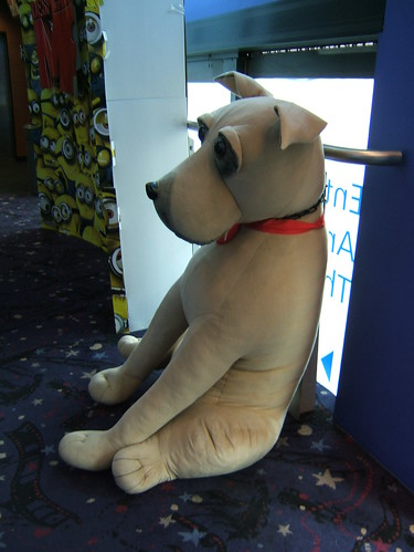 giant dog is sad by ztephen