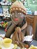 Bora tomar um cafézinho !? (Zan Moreno) Tags: gorro artesanato boneca prato frio brincos pires trança guardanapo batom chícara touca cachecol namoradeira cafézinho