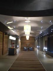 Опънат таван лак (www.tricom-v.com) Tags: public tavan дизайн tricom интериор clipso opanat тавани ремонти опънатитавани барисол окаченитавани opanatitavani триком клипсо опанаттаванварна еластичнитавани таванидизайн френскитавани стениинтериор