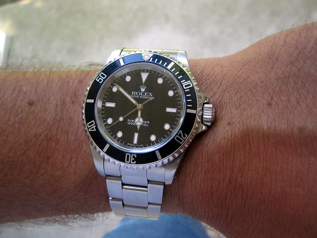Rolex submariner 14060 u series dating 10