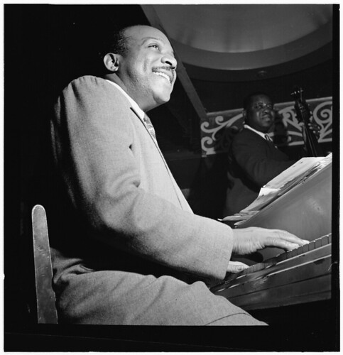 [Portrait of Count Basie, Aquarium, New York, N.Y., between 1946 and 1948] (LOC)