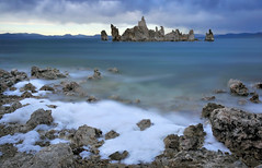 Tufa foam (Marc Briggs) Tags: lake storm clouds mono waves wind sierra filter foam monolake tufa hoya alkali easternsierra nd400 southtufa hoyand400 dsc006103c
