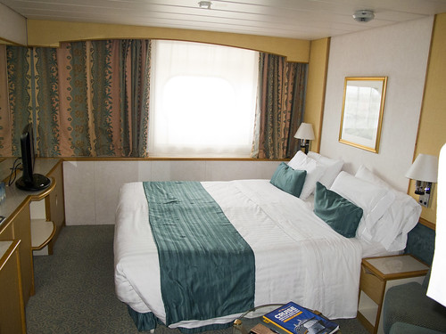 Curtis Room And Board