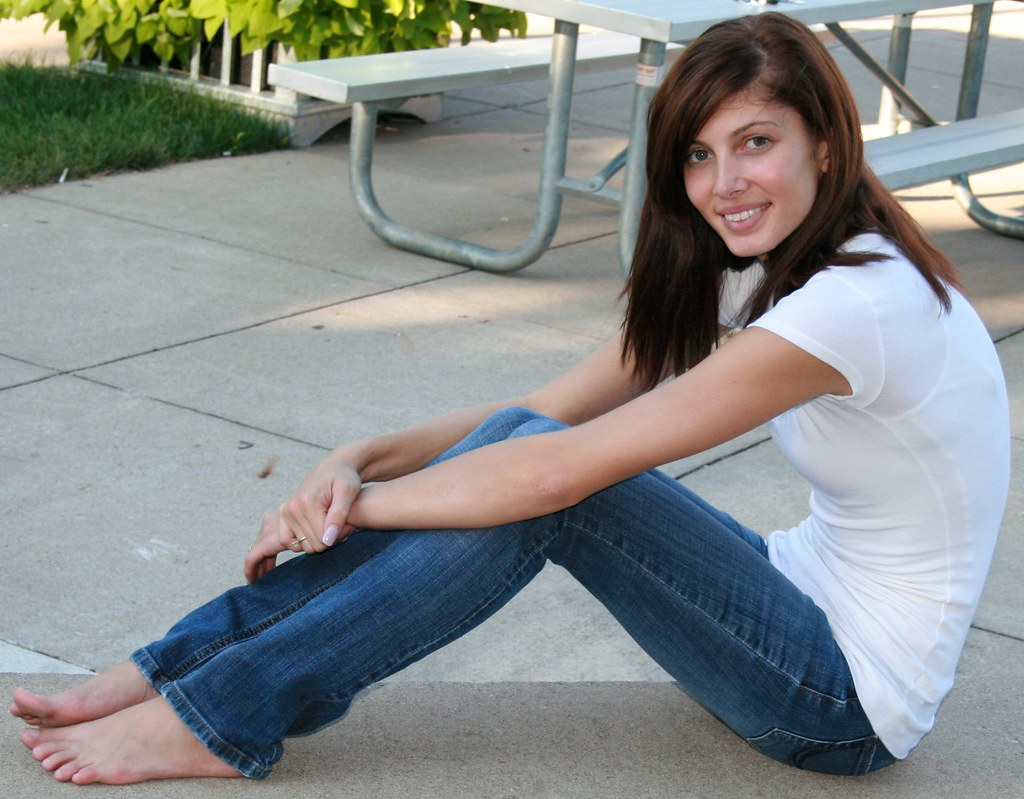beautiful girls feet and body and face nakd