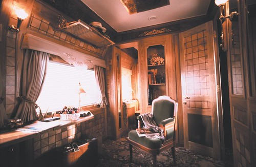 Presidential Cabin, by day - Eastern Oriental Luxury Train