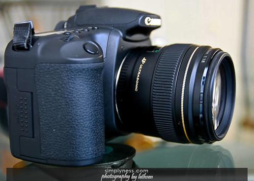 EF 85mm F-1.8-4