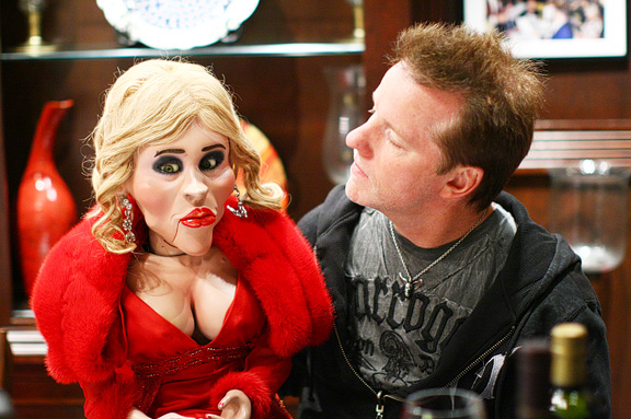 Jeff Dunham's Ex Wife http://scottroeben.blogspot.com/2010/09/jeff-dunham-it-ends-up-is-nice-guy.html