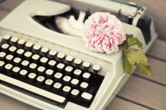 Typewriter & Rose (Karin A ~) Tags: soft pastel romantic remington karinafotografi typewriterrose
