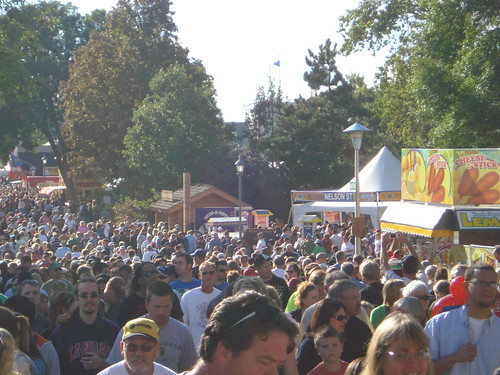 09/04/10 Crowds at MN State Fair02