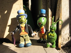 Green Jiminy Cricket Infestation 4216 (Brechtbug) Tags: wood fab green film window smile wearing hat smiling set bug movie insect toy toys wooden sill afternoon action kubrick top character id cartoon 1940 beetle tie rubber disney an bugs cricket plastic ornament 1940s bow cuddly figure animation imperial characters common chatting pinocchio 72 con gumball 40s natty greenish sense infestation jiminy conscience cravat jigglers rubbery krofft jiggler wuddly