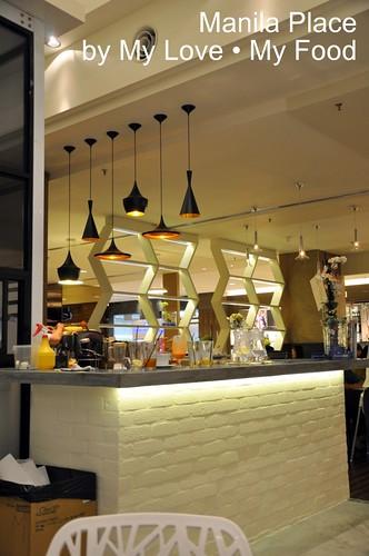 2010_08_28 Manila Place 002a