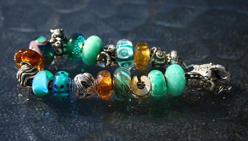 Green and amber bracelet 4978638795_10f166cddf
