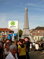 "Alsdorfer Europafest 2010 ""Frankreich"" (acmelucky777 (so busy right now...)) Tags: germany deutschland panasonic nrw eiffelturm dmc 2010 westfalen fz50 nordrhein aufblasbar alsdorf denkmalplatz aufblasbarer 1400543"