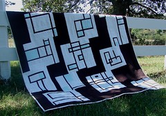 sew connected quilt (Jacquie G) Tags: quilt improvisation modernquilt quiltingbee