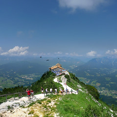 A classical view on Eagle's Nest (Bn) Tags: mountain germany bavaria berchtesgaden topf50 day tea wwii elevator clear eaglesnest kehlsteinhaus thealps topf100 teahouse touristattraction hitlers silhouttes bavarianalps inthemountain kehlstein 100faves 50faves darktunnel adelaarsnest jennermountain southofgermany cloughs hitlersteahouse kehlsteinmountain mooslahnerkopf buildin1938 historicallegacy 1834m kehlsteinstrasse fiftiethbirthdaypresent mountainelevatorsystem tunnelentryofkehlsteinhaus 124mtunnelentree tunnelthroughthegranite housetunnel reachedbyanelevator linkedviaatunnel alpinecloughs
