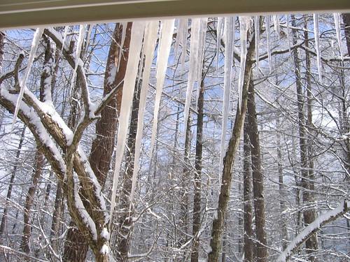 山荘窓のつらら 08.1.30 by Poran111