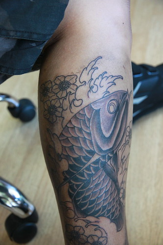 TwoThumbs Tattoo Oahu Hawaii. Asian Arowana Tattoo. Anyone can see this photo All rights reserved. Uploaded on Sep 14, 2010
