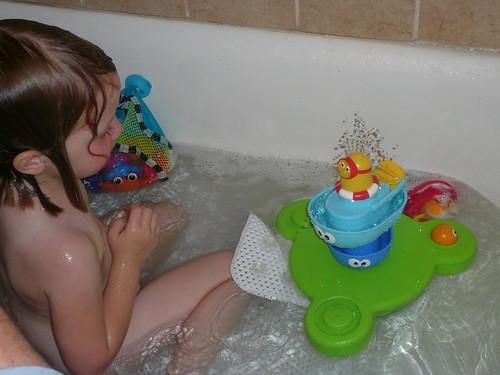 Bath Fun 016