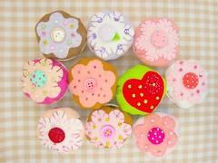 Cupcakes (Marip Costurinhas) Tags: cupcakes cupcake feltro bolinho
