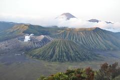 DSC_0696 (_Codename_) Tags: indonesia volcano java caldera bromo 2010 mountbromo seaofsand mtbromo mountsemeru bromotenggersemerunationalpark mtsemeru tenggercaldera mtbatok mountbatok mtpananjakan lautpasir mountpananjakan