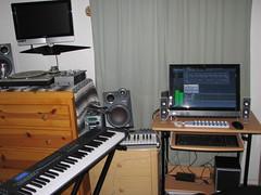 Sound Illusion (Image-Line Software) Tags: music daw homestudio flstudio fruityloops monitorspeakers