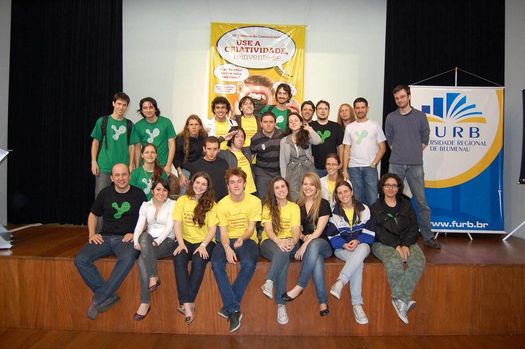 15Ş SECOM: Galera do Calco com a equipe da Morphy :)