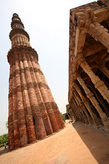 Qutb Minar 132 (David OMalley) Tags: world new old india heritage monument beautiful beauty architecture river spectacular cow site crazy amazing cows market unique delhi capital markets streetlife mosque historic unesco exotic national stunning metropolis bazaar oriental orient monuments masjid mosques crowded inde territory monumental dense chaotic hectic subcontinent mughal new old bazaars yamuna   delhi linde