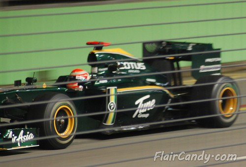 F1 Singapore Grand Prix 2010 - Day 1 (32)