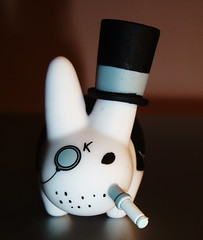 top hat labbit (Luckykatt) Tags: tophat monocle kozik gentleman smorkinlabbit labbit cigaretteholder frankkozik luckykatt
