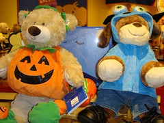 Halloween im Build a Bear Workshop